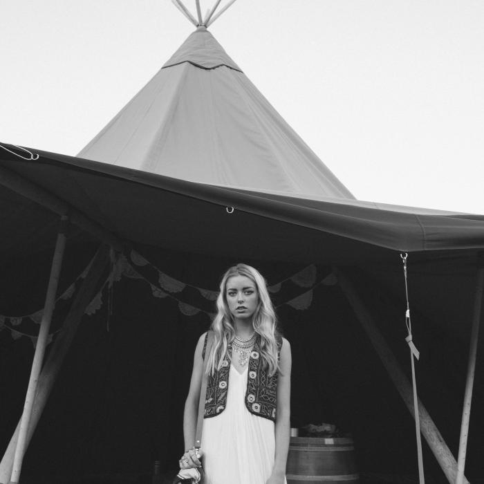 vintage bride teepee tipi wedding marquee hire  sc 1 th 225 & Weddings Festivals u0026 Corporate Events - Gold Coast Tipi Hire