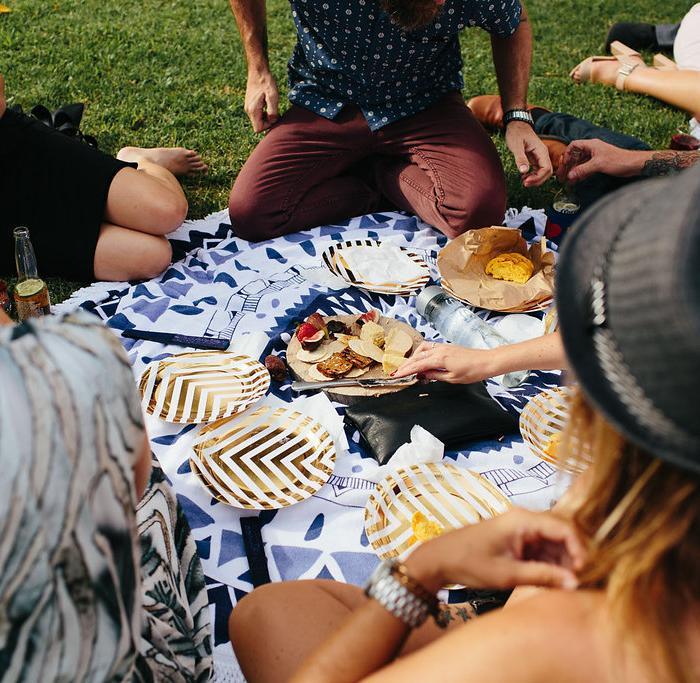 diy wedding, wedding planning, marquee hire, picnic wedding, tipi