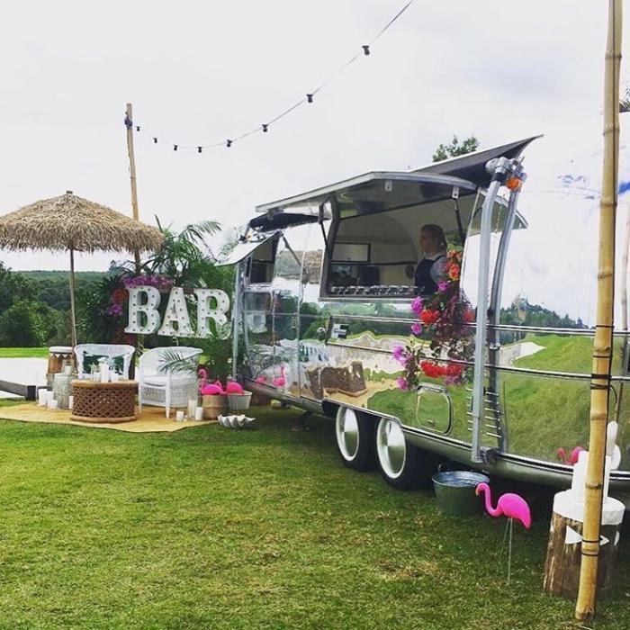 austral affairs, gold coast weddings, gold coast tipis, mobile bar